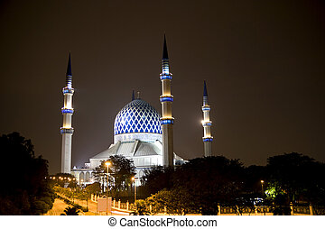 Sultan Salahuddin Abdul Aziz Shah Mosque - Night image of...