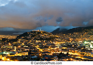 Night in the city of Quito - Night of the historical center ...