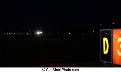 Night landing of the plane