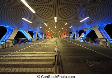 Night of the bridge