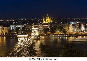night scene of Budapest city