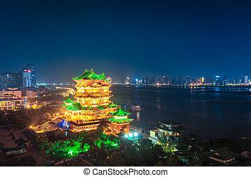 night scene of the tengwang pavilion