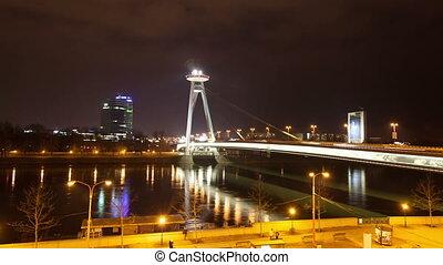 Night traffic on the bridge