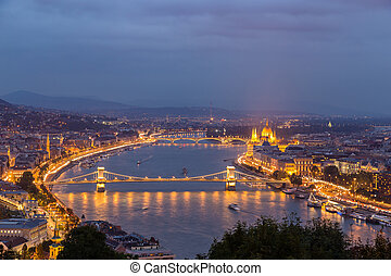 Night view of Danube river and Budapest