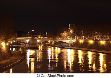 night view of Tiber River