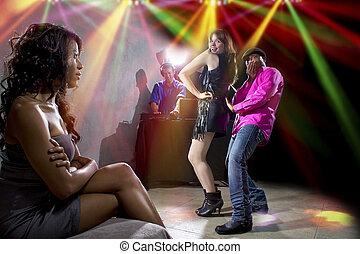nightclub, sympatia, szachrajski