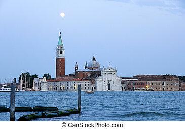 Nightfall in Venecia - Night scene in Venecia. View on San...