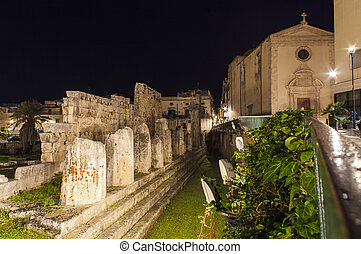 Nightview of the Apollo temple in Ortigia - Night view of...
