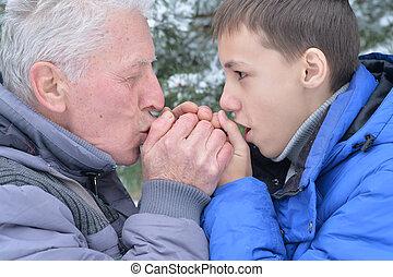 nipote, insieme, nonno