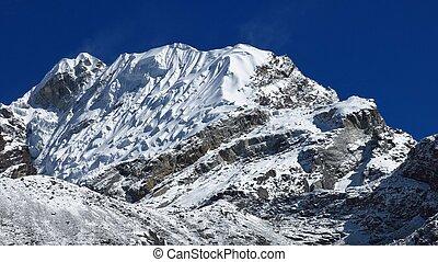 niveau maximum glacier, népal, lobuche
