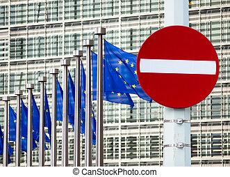 no bevonulás cégtábla, előtt, eu, kormányzat épület