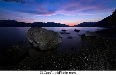 noc, jezioro, wielki, brzeg, skała, wzdłuż