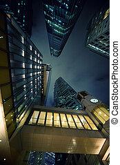 noche, moderno, rascacielos, tiempo