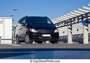 noir, minivan