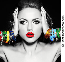noircir photo blanche, de, belle femme, modèle, à, frais, quotidiennement, maquillage, à, lèvres rouges, couleur, et, propre, sain, peau