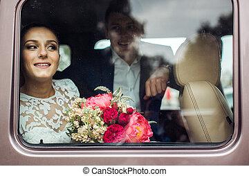 noiva, car, noivo, olhar, suv, janela, através