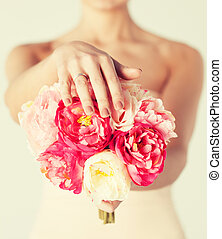noiva, com, buquê flores, e, anel casamento