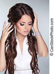 noiva, moda, bonito, retrato, branca, jewelry., mulher, desgastar, longo, dress., cima., beleza, cabelo, fazer, girl.