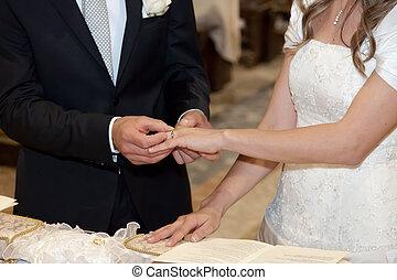 noiva, noivo, pôr, dedo, anel casamento
