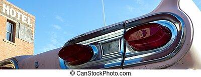 nOld fifties car
