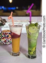 non, cocktail, boisson alcoolique, fruit, table, restaurant