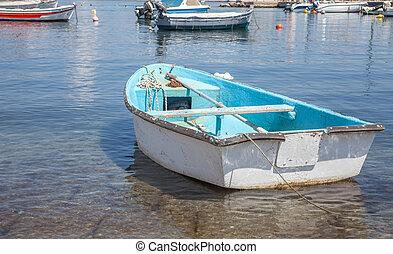 non, raso, acima, área, docas, claro, veículo, seaside., modo, cristal, transportation., pesca, mar, water., típico, motorized, bote, maquinaria
