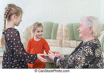 nonna, applausi, gioco, bambini