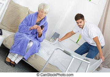 nonna, porzione, suo, governo casa, nipote