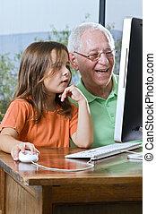 nonno, e, nipote, con, computer
