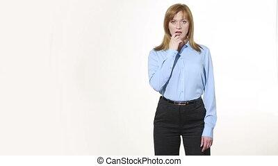 nonverbal, corps, excitation, girl, doigt, pantalon, blous., isolé, femmes, language., regret., blanc, gestures., caractères indicateurs, mouth., arrière-plan.
