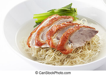 Noodle soup with roasted duck