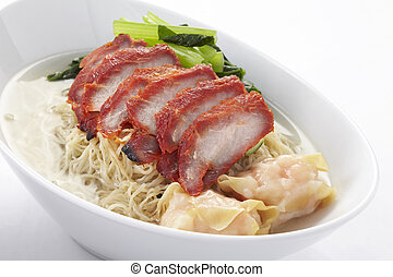 Noodle soup with roasted pork