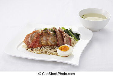 Noodle with roasted duck