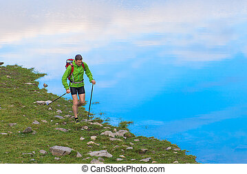 nordico, camminare, su, il, riva lago