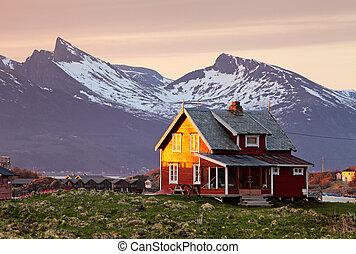 norge, hus, med, fjäll, in, bakgrund
