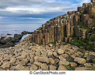 Northern Ireland ocean scenery, Giants Causeway - Beautiful ...