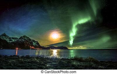 Northern light activity at Vareid in Flakstad, lofoten