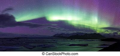 Northern Light Aurora borealis Jokulsarlon Glacier - The...
