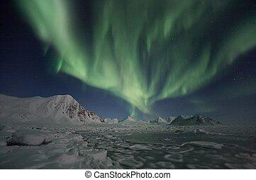 Northern Lights - Spitsbergen - Natural phenomenon of...