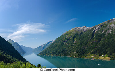 norueguês, fjord, montanhas