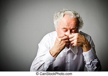 nose., viejo, líquido, sneezing., hombre