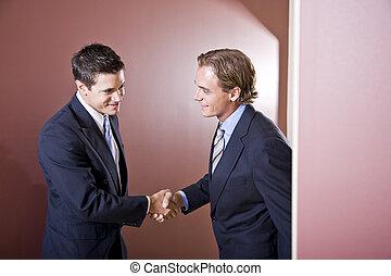nosení, obleci, otřes, businessmen, ruce