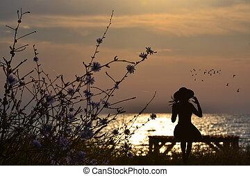 nostálgico, siting, mulher, mar, banco