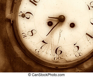 Old broken clock
