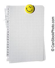 nota, cortando, verificado, isolado, amarela, pilha, ímã, experiência., papel, branca, path., sorrindo