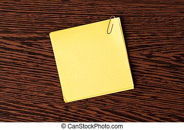 nota gialla, carta, su, legno, fondo