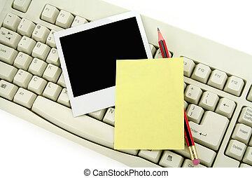 notepaper, foto, en, toetsenbord