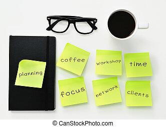 notes collantes, à, différent, travail, concepts, sur, une, bureau bureau