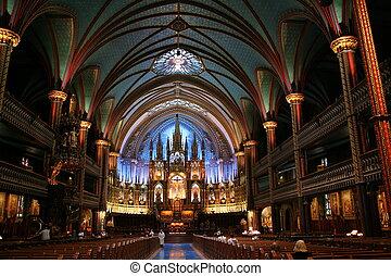 Notre-Dame Basilica in Montreal, Canada (Basilique Notre-Dame de Montréal).