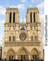 Notre Dame de Paris. Front view.